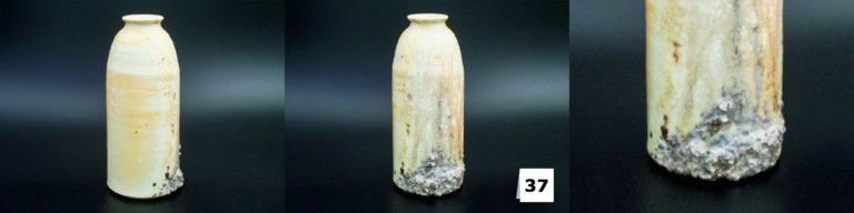 Kleine Porzellan-Flaschenvase